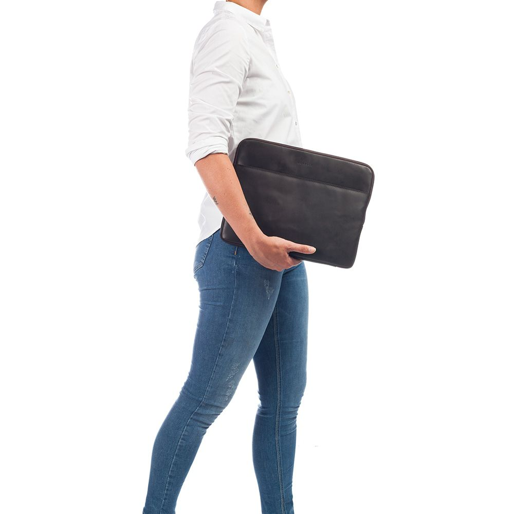 Burkely Leren Laptop Sleeve 13 inch Fundamentals Vintage Robin Bruin