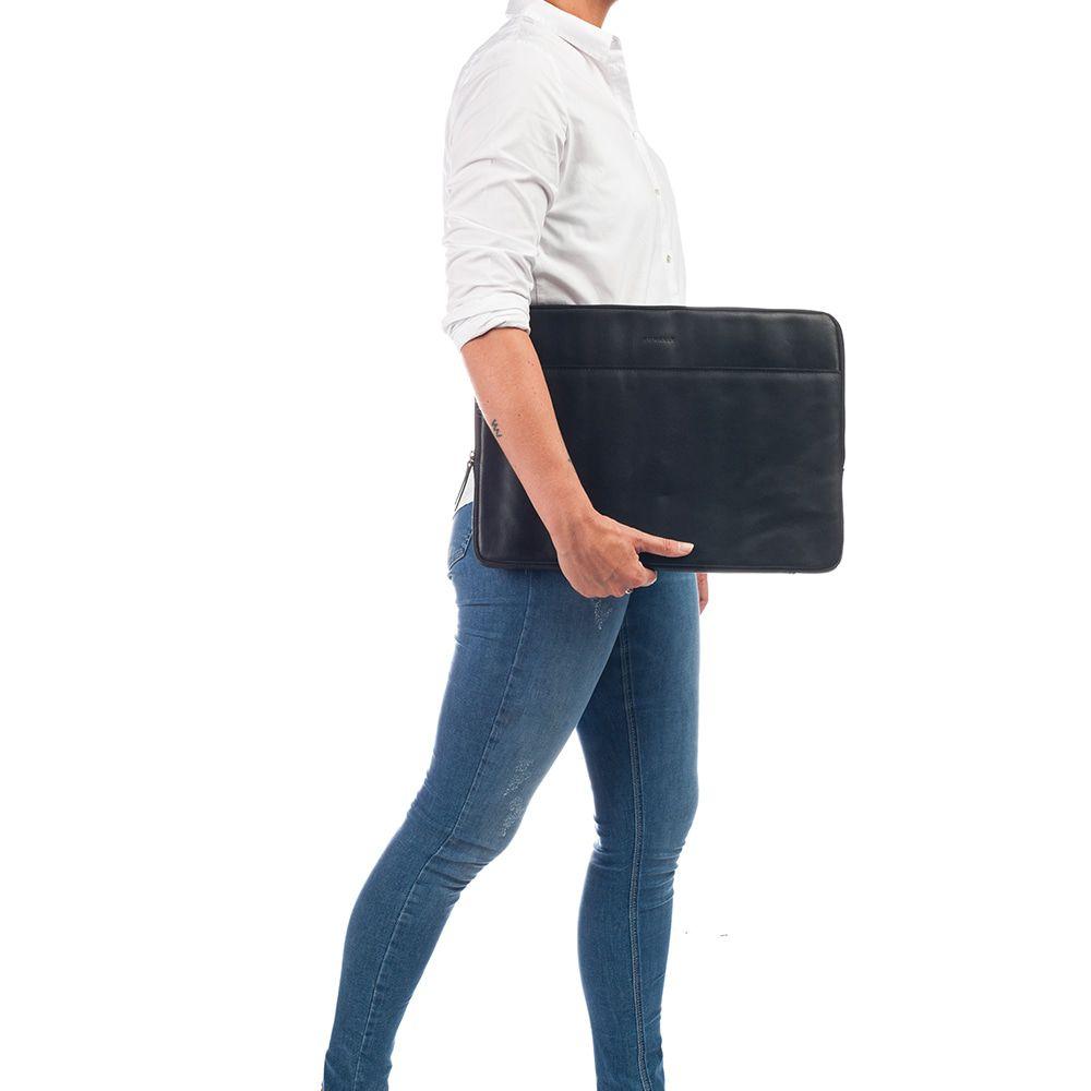 Burkely Leren Laptop Sleeve 15.6 inch Fundamentals Vintage Josh Zwart