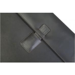 dbramante1928 Hellerup Leather Envelope Microsoft Surface Pro 3 Hunter Dark sluiting detail
