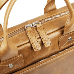 dbramante1928 Helsingborg Businessbag Tan 14 inch Detail