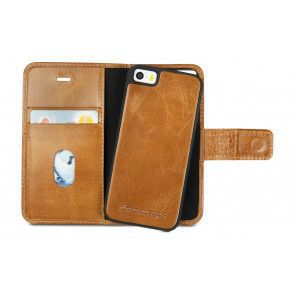 dbramante1928 Lynge Leather Wallet iPhone 6/6S Tan open