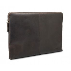 dbramante1928 Skagen Leather Sleeve MacBook 13 inch Hunter Dark schuin voorkant links