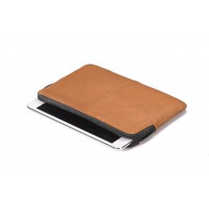Decoded Leather Slim Sleeve iPad Mini Brown Liggend
