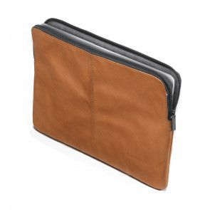 Decoded Leather Slim Sleeve MacBook Pro 15 inch Brown