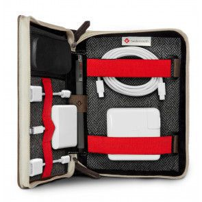 Twelve South BookBook Travel Journal voor iPad en accessoires (open en dicht)