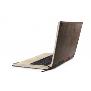 Twelve South BookBook MacBook 12 inch Vintage Case schuin achterkant