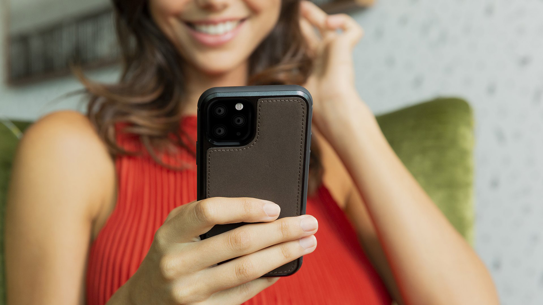 Twelve South BookBook iPhone 11 Pro Max Case Wallet Bruin